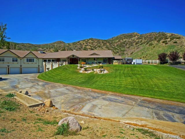 16925 Diver Street Canyon Country CA, 91387