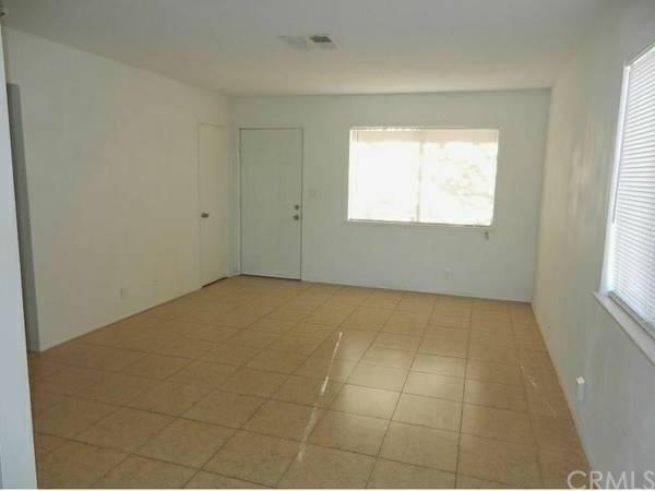 37924 Grandview Avenue, Yermo, CA, 92398: Photo 4