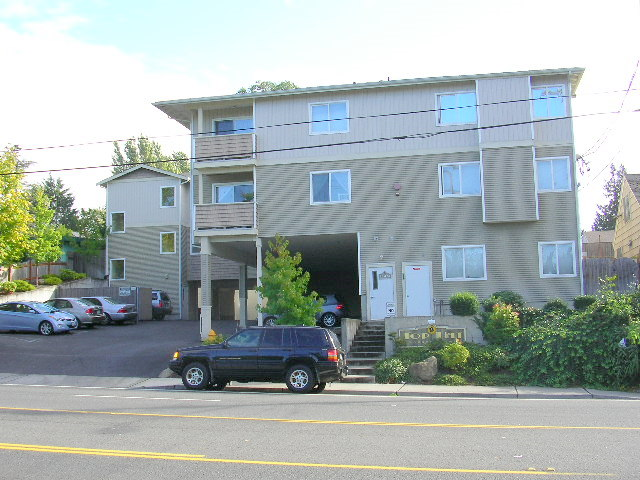 Rental Homes for Rent, ListingId:35780107, location: 11424 1st Ave S #103 Burien 98168