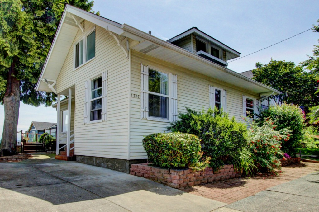 Rental Homes for Rent, ListingId:34005520, location: 1706 4th Ave N Seattle 98109