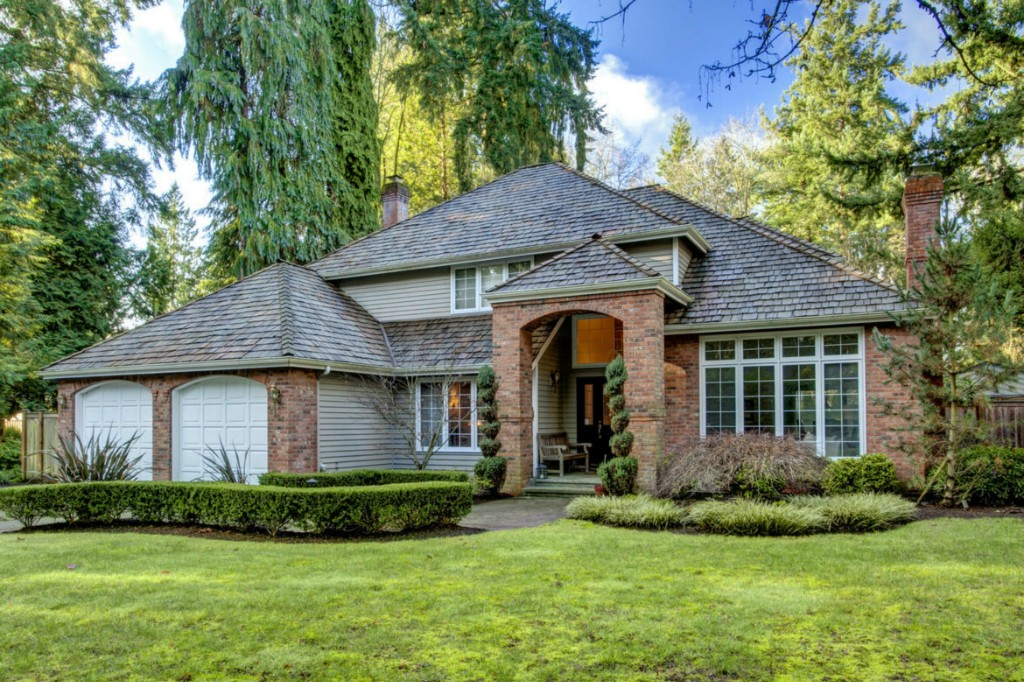 Rental Homes for Rent, ListingId:33359184, location: 2815 106th Place SE Bellevue 98004