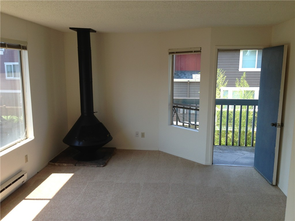 Rental Homes for Rent, ListingId:29679973, location: 3413 Gilman Ave W #304 Seattle 98199