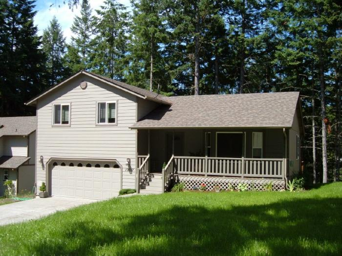 Rental Homes for Rent, ListingId:28486566, location: 17637 E Clearlake Blvd SE Yelm 98597