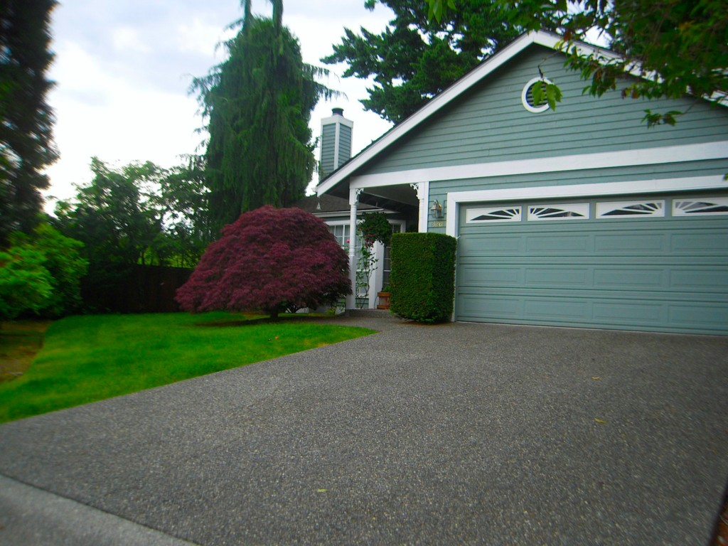 Rental Homes for Rent, ListingId:28801919, location: 13201 NE 69th Wy Redmond 98052