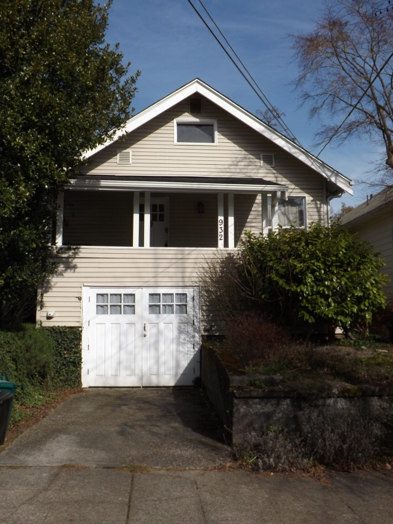 Rental Homes for Rent, ListingId:27003595, location: 932 N 83rd St Seattle 98103
