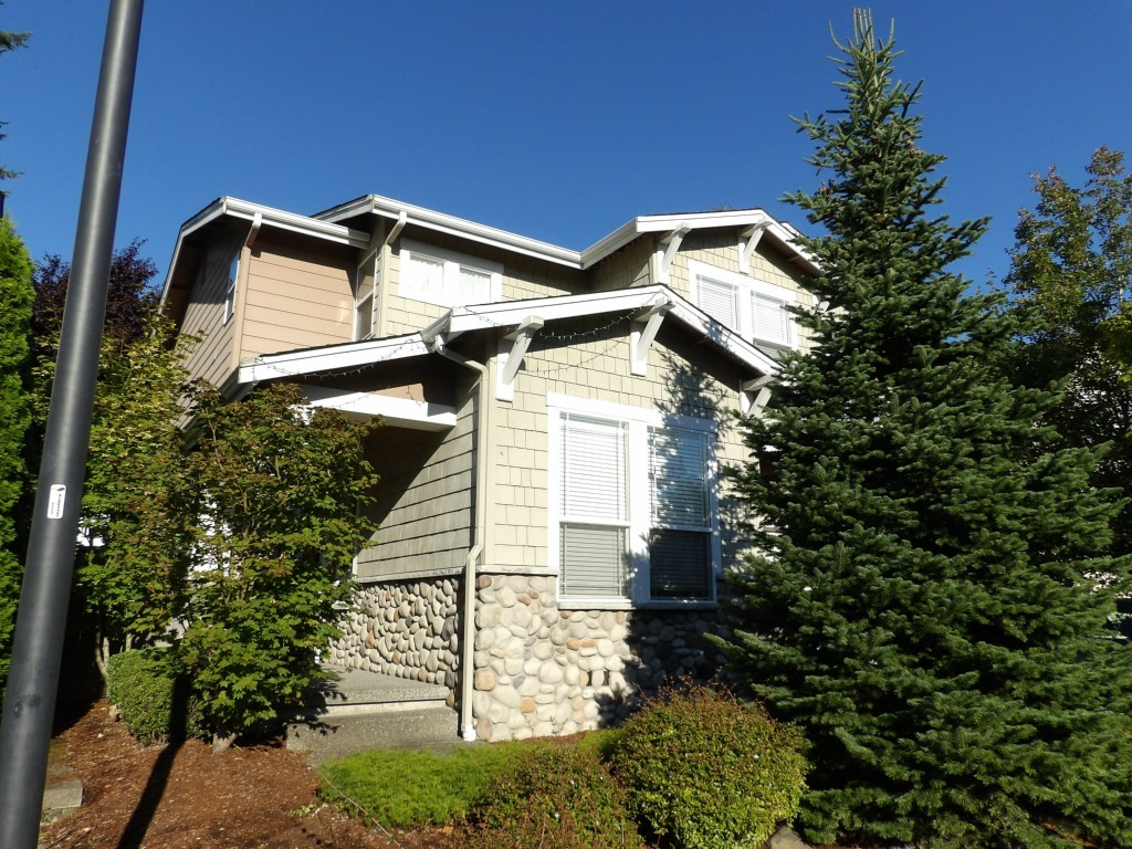 Rental Homes for Rent, ListingId:30002527, location: 13243 119th Ave NE Kirkland 98034