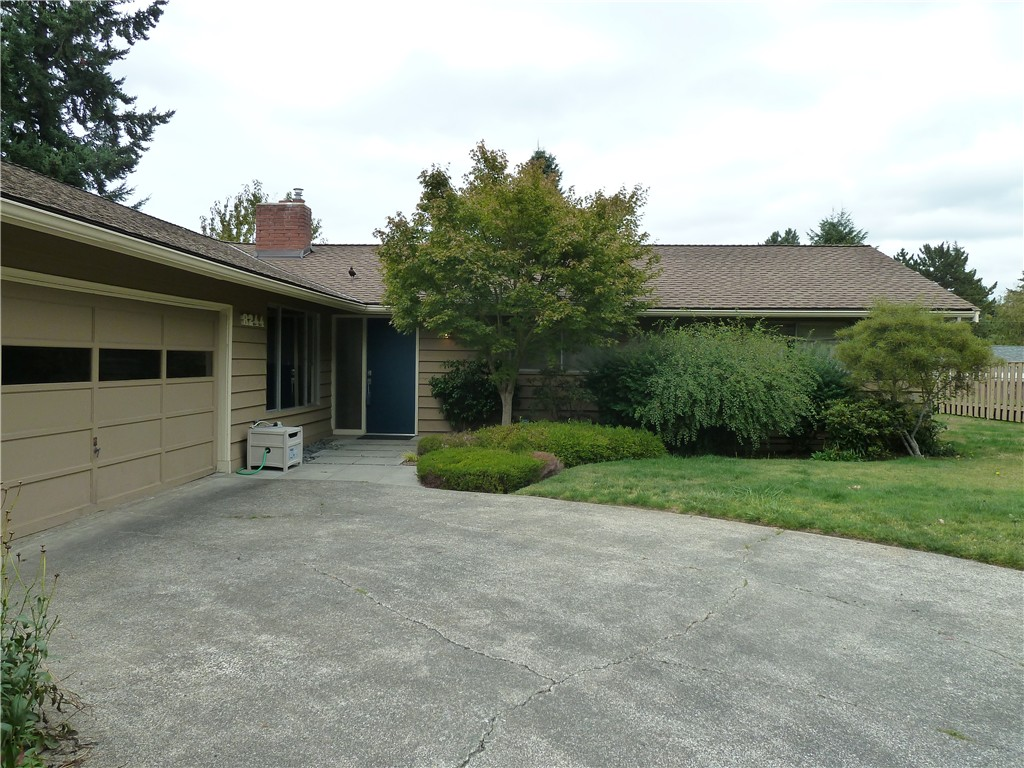 Rental Homes for Rent, ListingId:35317990, location: 8244 SE 36TH St Mercer Island 98040
