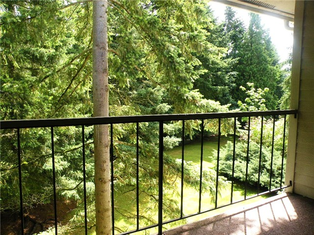 Rental Homes for Rent, ListingId:28782883, location: 4717 W Lake Sammamish Pkwy SE #C304 Issaquah 98027