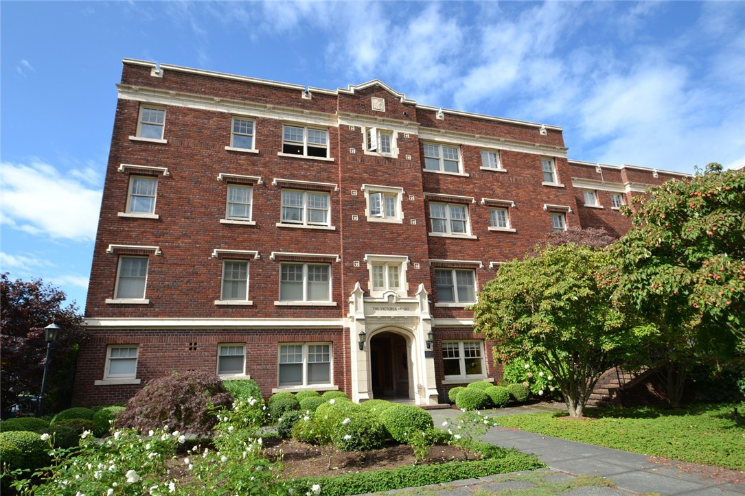 Rental Homes for Rent, ListingId:36217975, location: 120 W Highland Dr #120 Seattle 98119