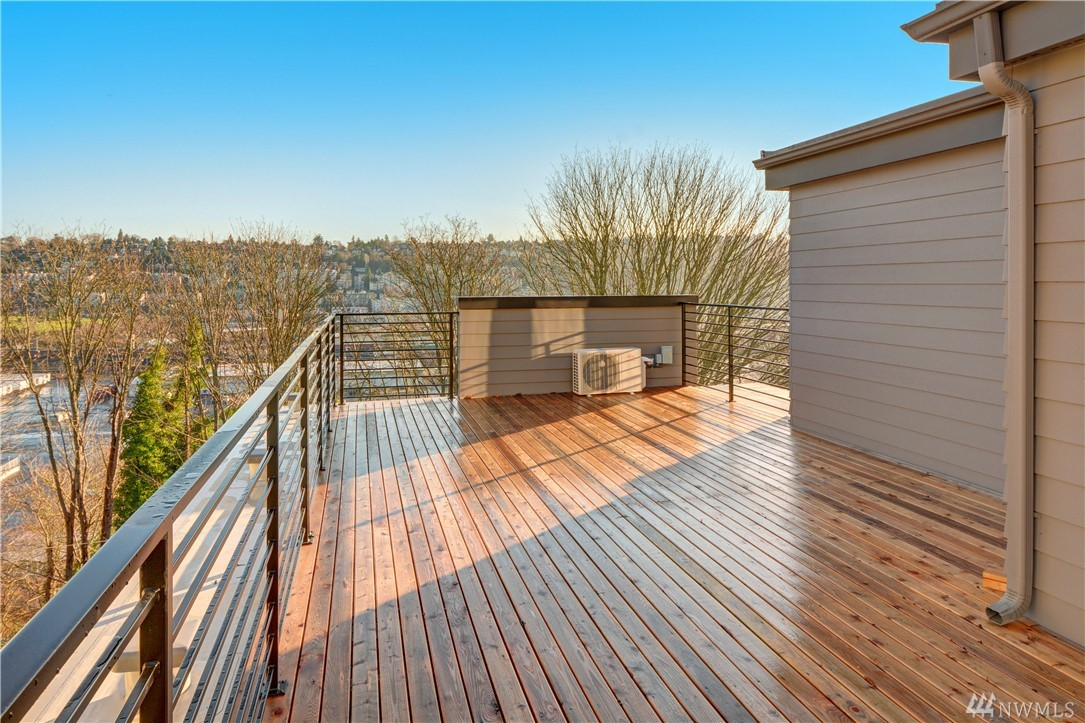 Real Estate for Sale, ListingId: 36980481, Seattle,WA98199