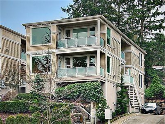 Real Estate for Sale, ListingId: 26426492, Kirkland, WA  98033