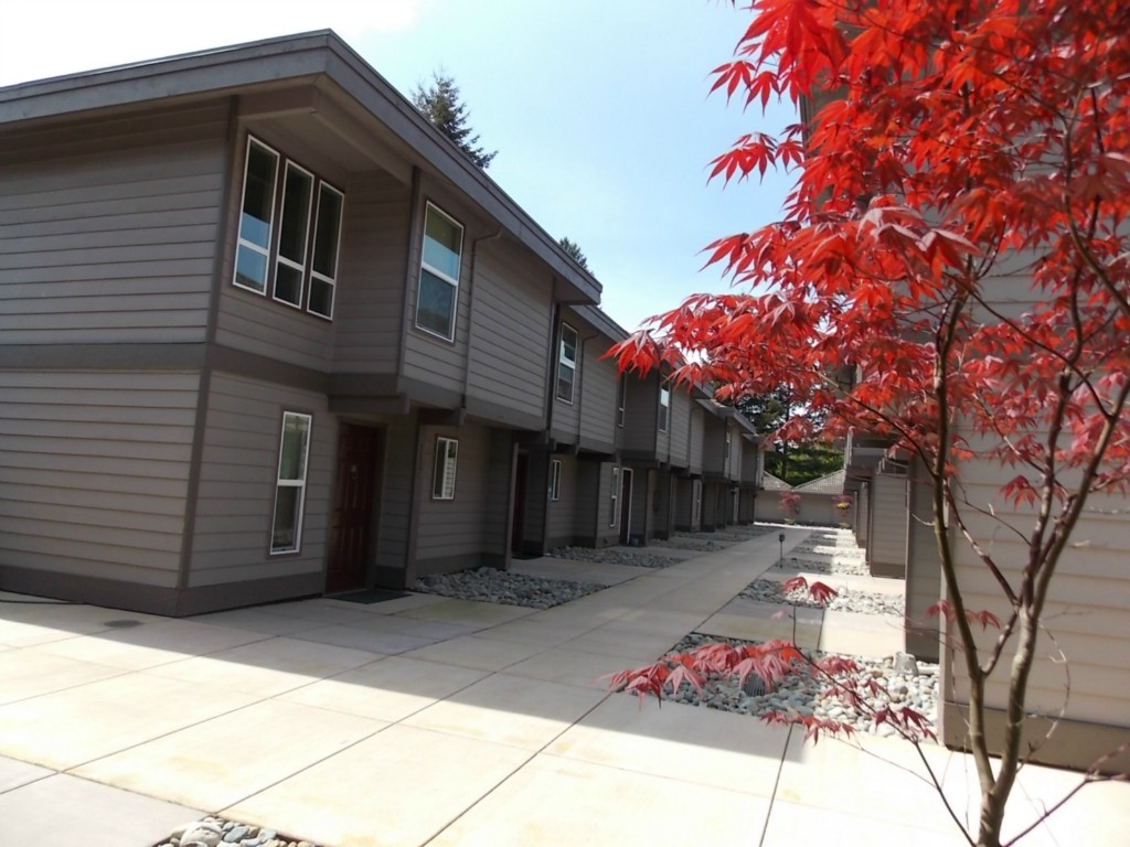 Rental Homes for Rent, ListingId:27685769, location: 10015 NE 12th St #114 Bellevue 98004