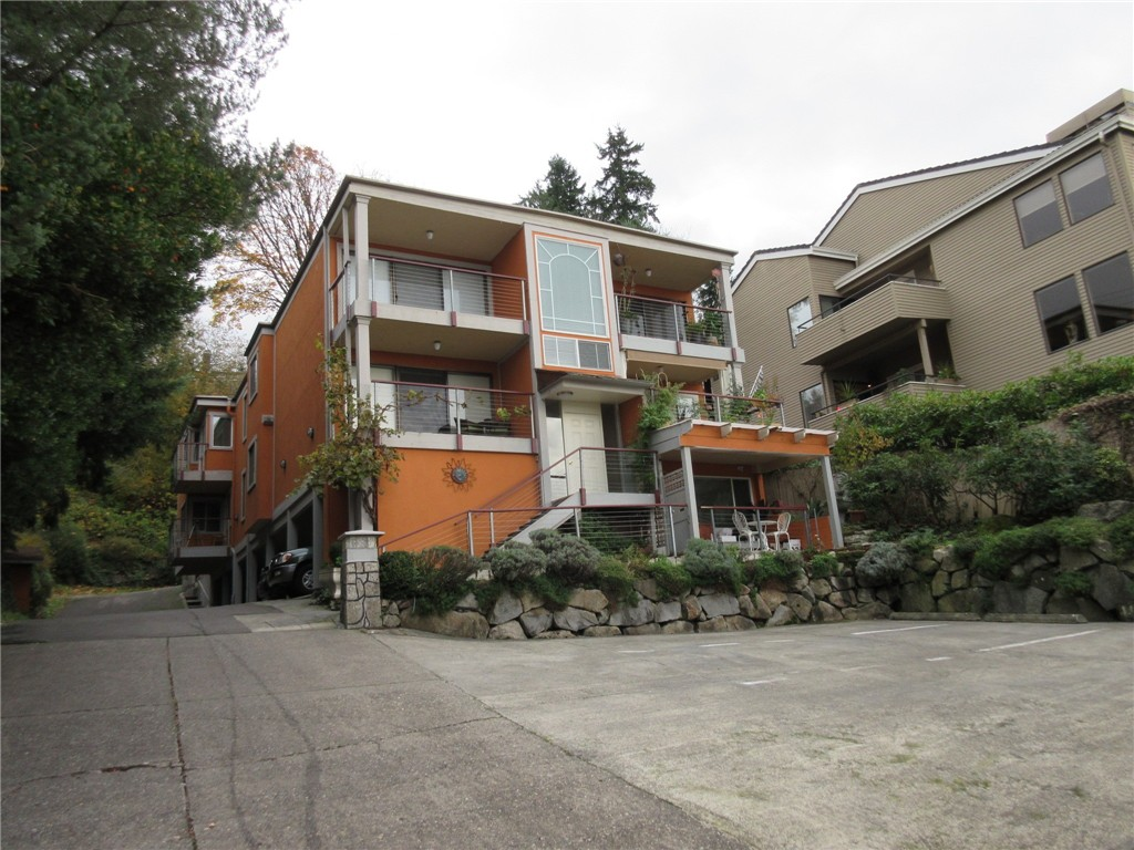 Rental Homes for Rent, ListingId:36217674, location: 5210 Lake Washington Blvd NE #101 Kirkland 98033