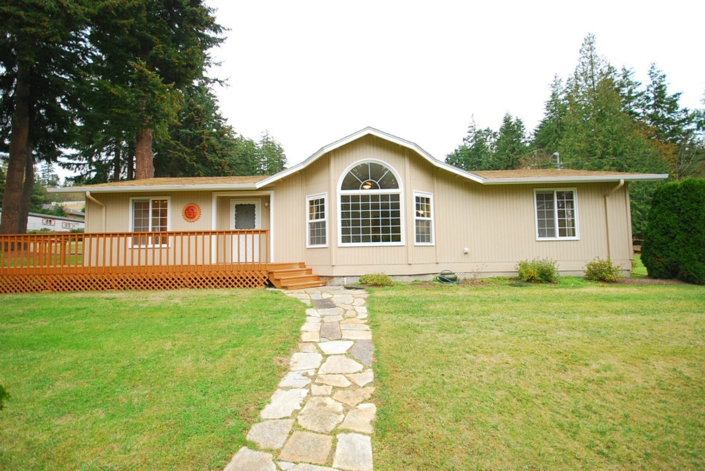 Rental Homes for Rent, ListingId:30770642, location: 560 N Sunset Dr Camano Island 98282