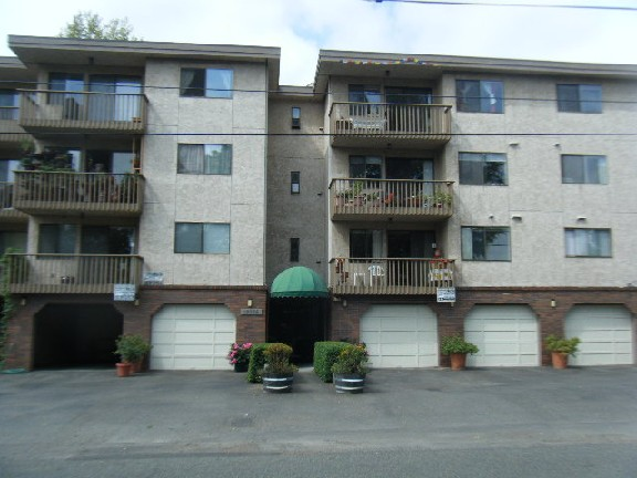 Rental Homes for Rent, ListingId:31138765, location: 12035 32nd Ave NE #302 Seattle 98125
