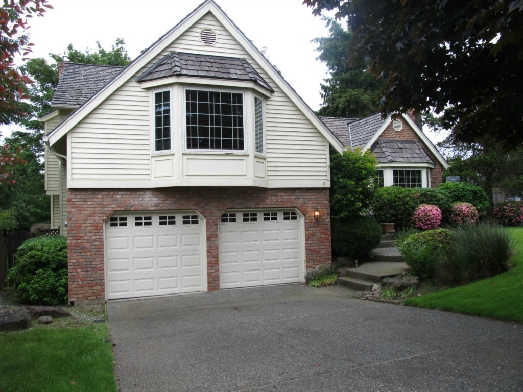 Rental Homes for Rent, ListingId:26696462, location: 17219 SE 46th Place Bellevue 98006