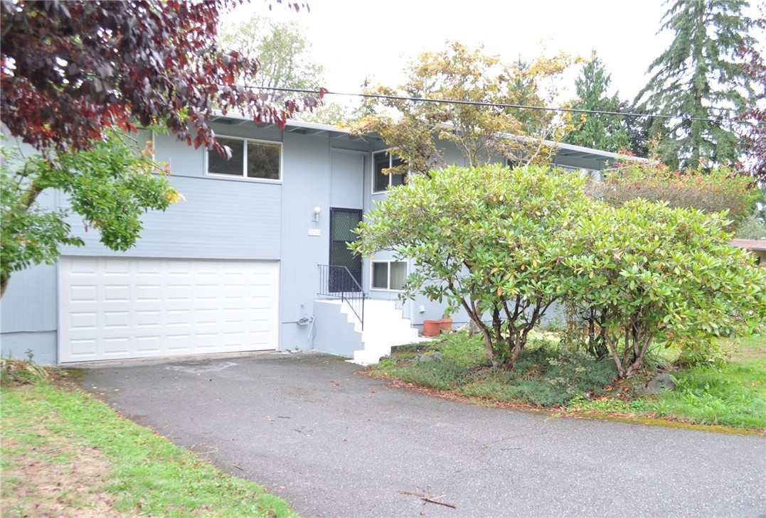 Rental Homes for Rent, ListingId:35460991, location: 2210 166th Place NE Bellevue 98008