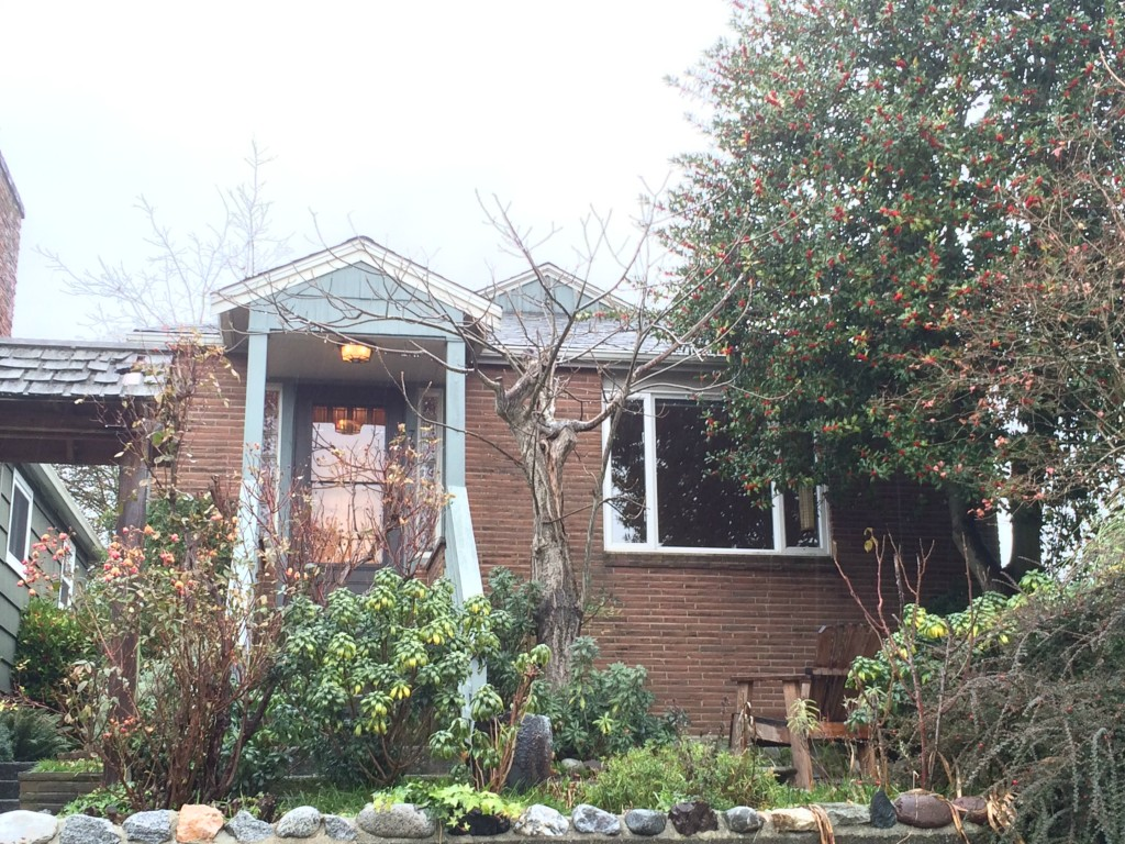 Rental Homes for Rent, ListingId:30770638, location: 726 N 76th St Seattle 98103