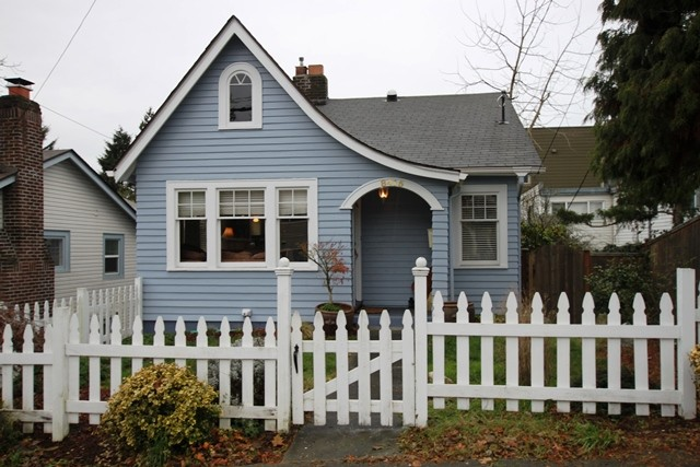 Rental Homes for Rent, ListingId:31917999, location: 8415 Fremont Ave N Seattle 98103