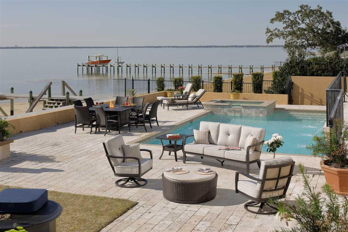 746 Peakes Point Dr, Gulf Breeze, FL, 32561: Photo 4