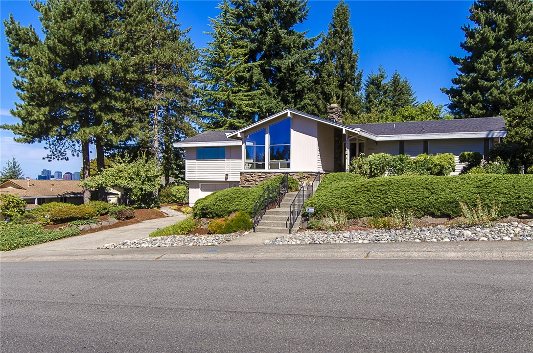 Rental Homes for Rent, ListingId:35105208, location: 13916 SE 20th St Bellevue 98004