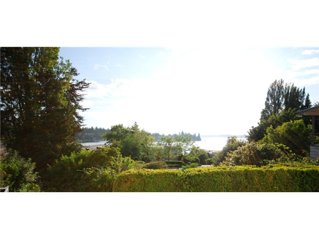 Rental Homes for Rent, ListingId:27704501, location: 4618 Lake Washington Blvd NE Kirkland 98033