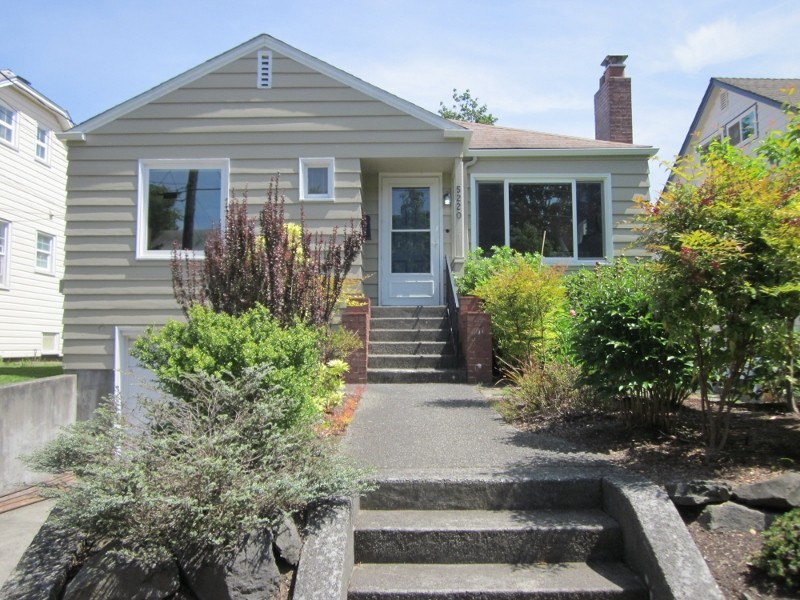 Rental Homes for Rent, ListingId:37086172, location: 5220 37th Ave NE Seattle 98105