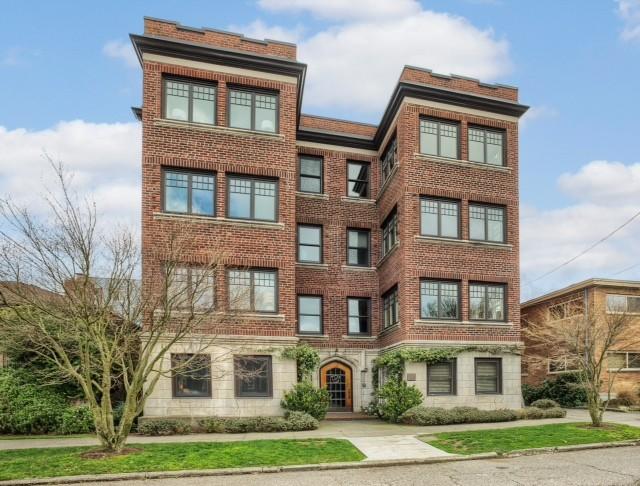 Real Estate for Sale, ListingId: 31945852, Seattle,WA98102