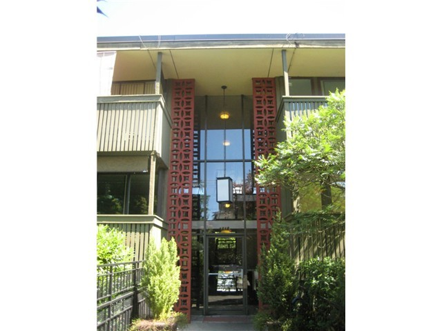 Rental Homes for Rent, ListingId:35460600, location: 1616 41st Ave E #201 Seattle 98112