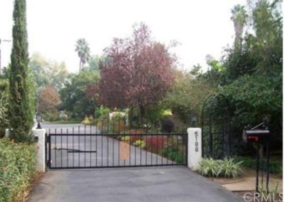 5188 Victoria Avenue, Riverside, CA, 92506: Photo 1