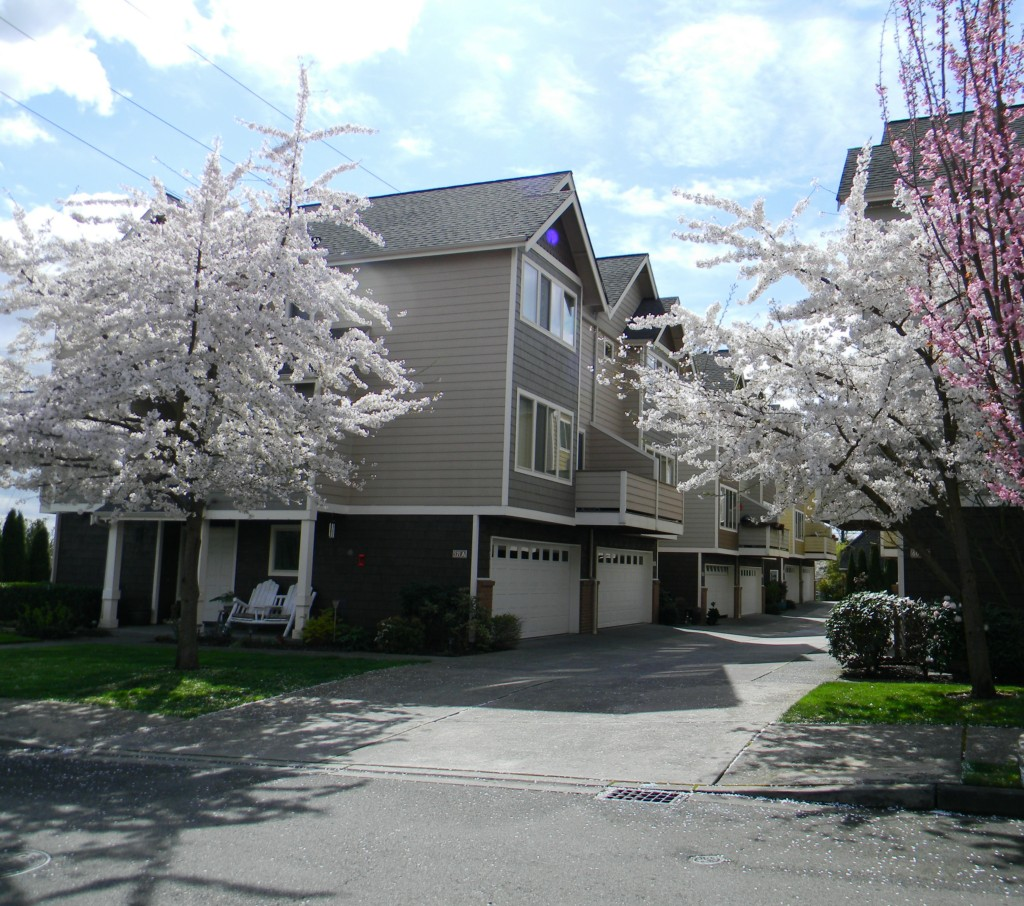 Real Estate for Sale, ListingId:27610031, location: 523 Pearl St #523B Snohomish 98290