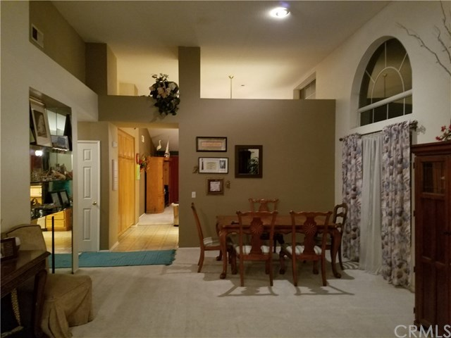 10968 Coralwood Lane, Yucaipa, CA, 92399: Photo 2