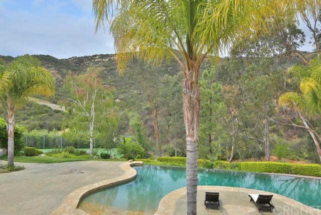 2063 Delphine Lane, Calabasas, CA, 91302: Photo 17