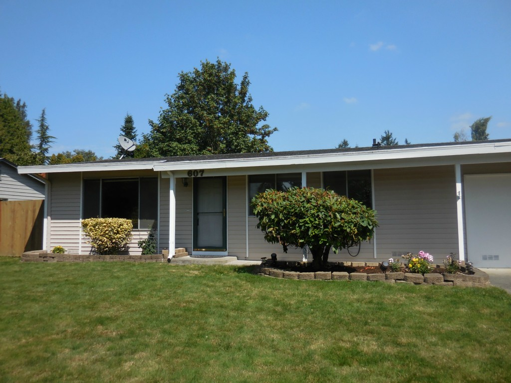 Rental Homes for Rent, ListingId:30535311, location: 607 Hubbard Rd Lynnwood 98036