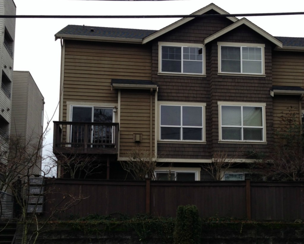 Rental Homes for Rent, ListingId:31559045, location: 4515-A 8th Ave NE #4515A Seattle 98105