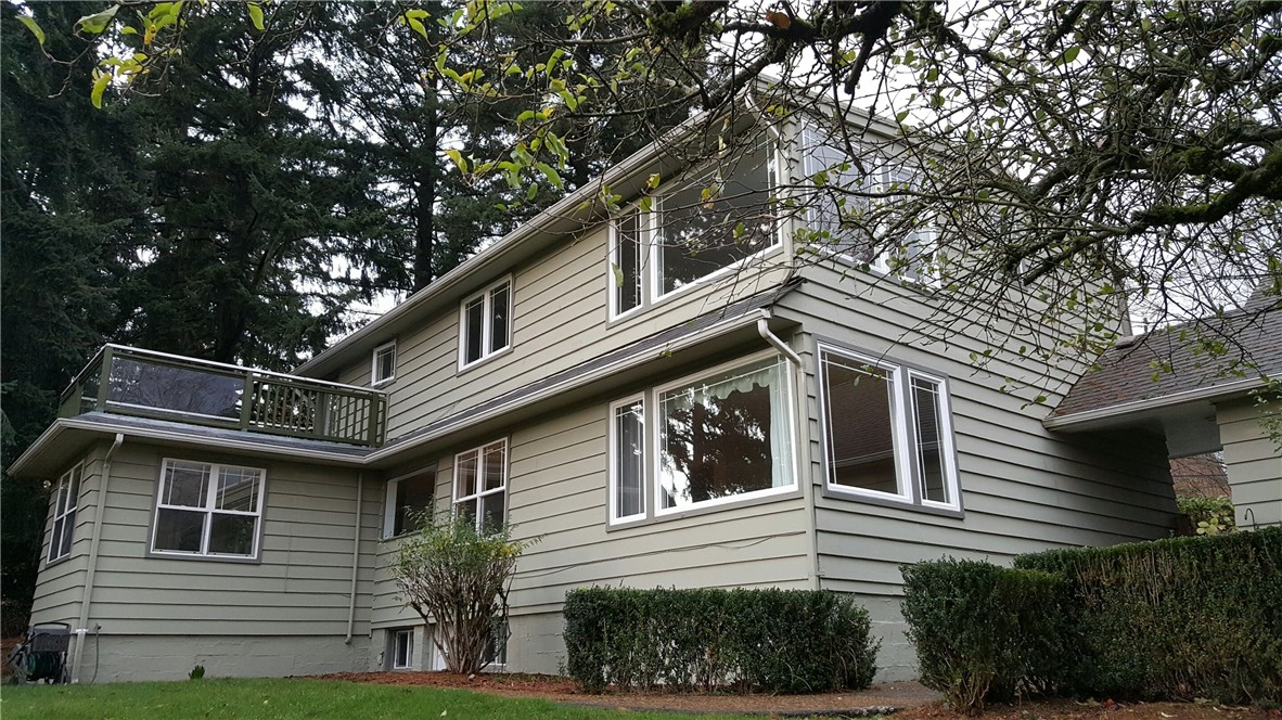 Rental Homes for Rent, ListingId:36248103, location: 9605 NE 14th St Clyde Hill 98004