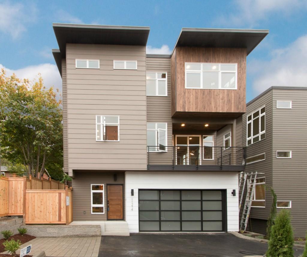 Single Family Home for Sale, ListingId:35124437, location: 11214 NE 87th St Kirkland 98033