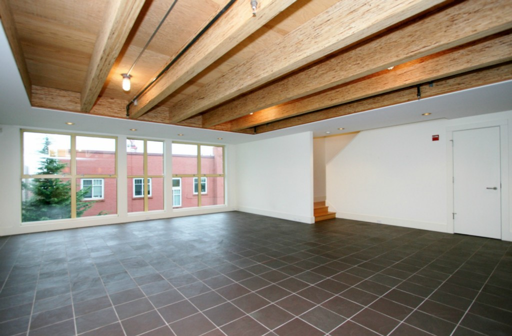 Rental Homes for Rent, ListingId:30058367, location: 1117 E Denny Wy #C Seattle 98122