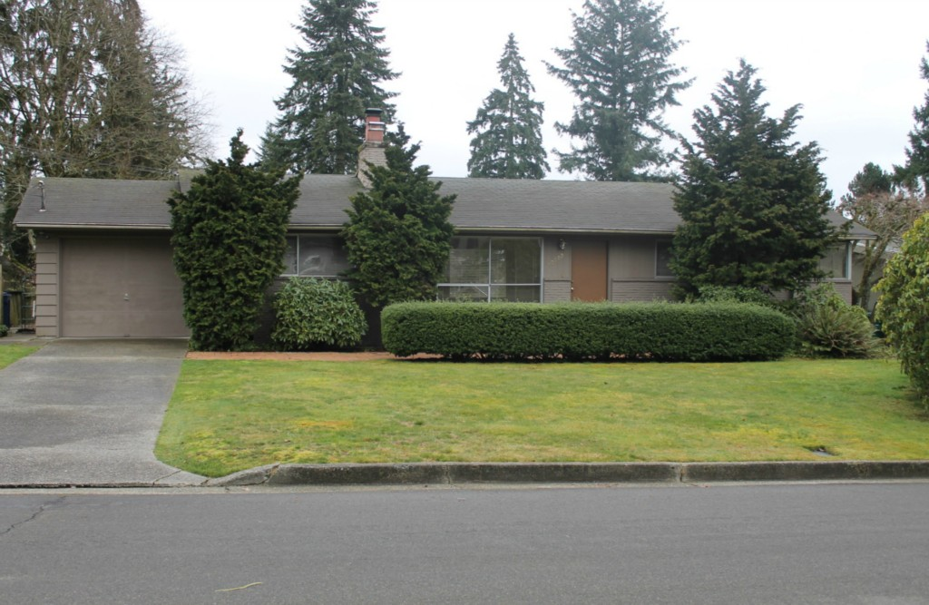 Rental Homes for Rent, ListingId:26656084, location: 10609 NE 46th St Kirkland 98033