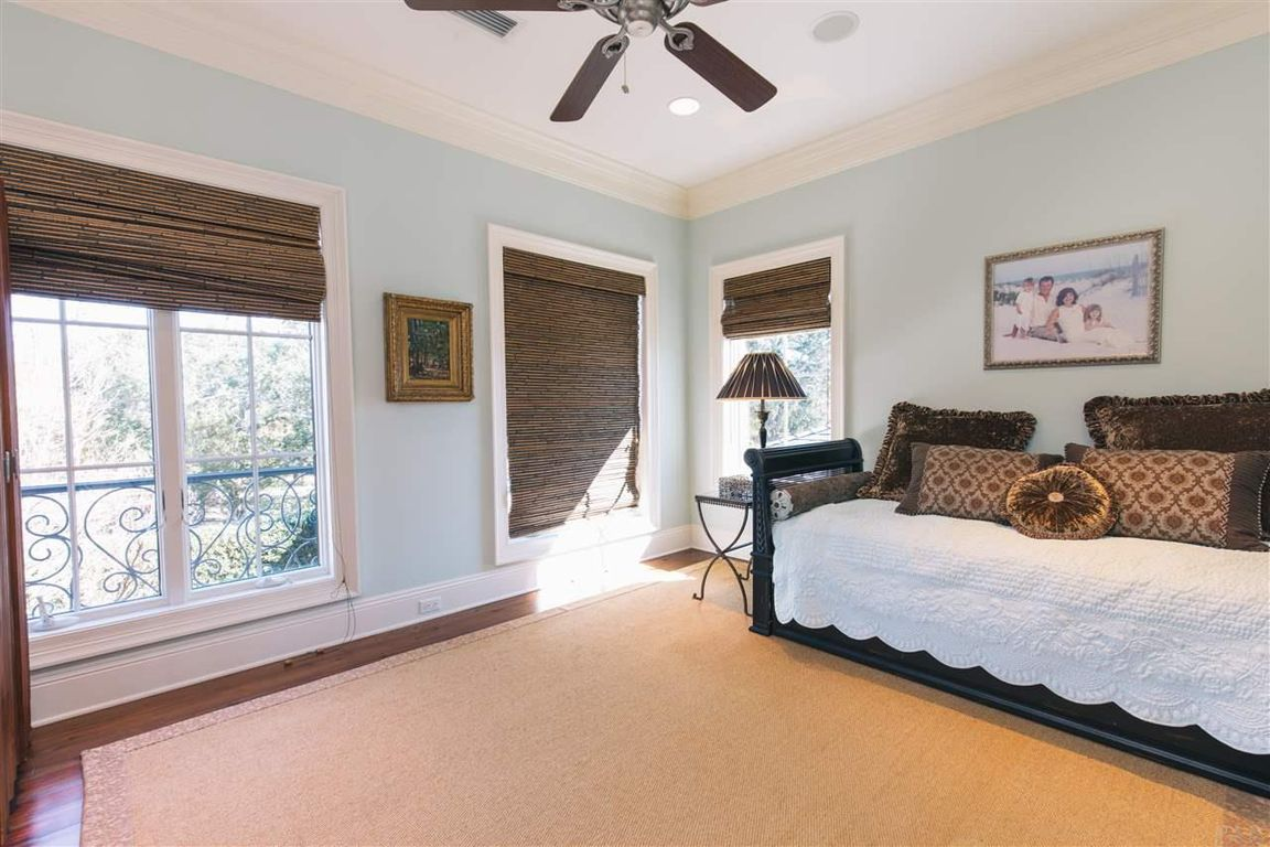 746 Peakes Point Dr, Gulf Breeze, FL, 32561: Photo 28