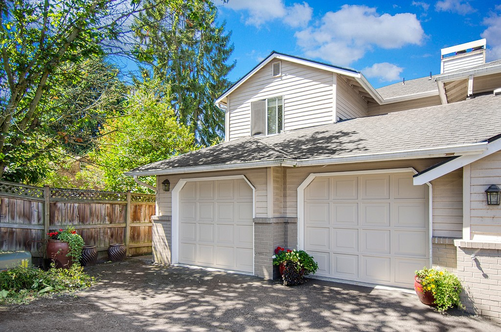 Rental Homes for Rent, ListingId:29648872, location: 317 7th Ave S Kirkland 98033