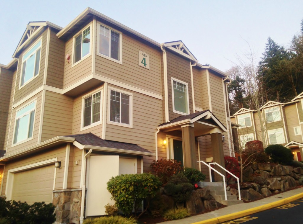 Rental Homes for Rent, ListingId:30681630, location: 3500 E Lake Sammamish Pkwy SE #4-106 Sammamish 98075