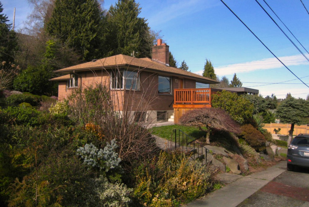 Rental Homes for Rent, ListingId:26972604, location: 5203 56th Ave S Seattle 98118