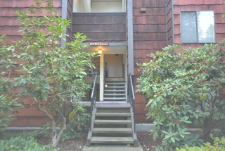 Rental Homes for Rent, ListingId:30328477, location: 8941 Ravenna Ave NE Seattle 98115