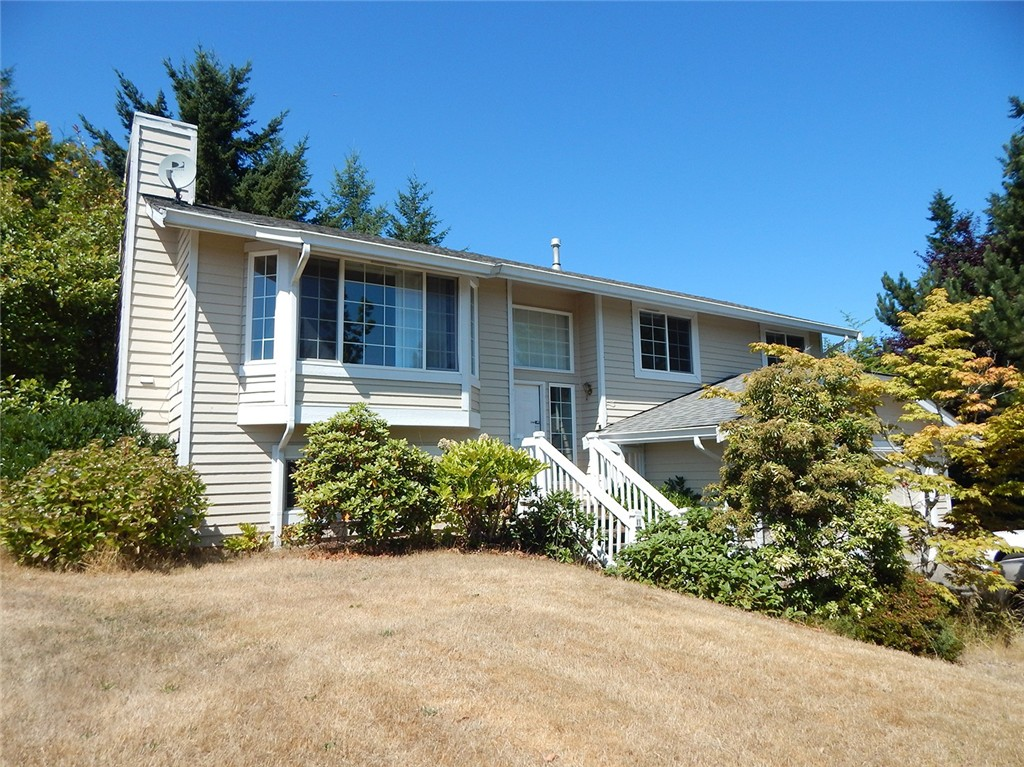 Single Family Home for Sale, ListingId:35068473, location: 13581 Huntley Place NW Silverdale 98383