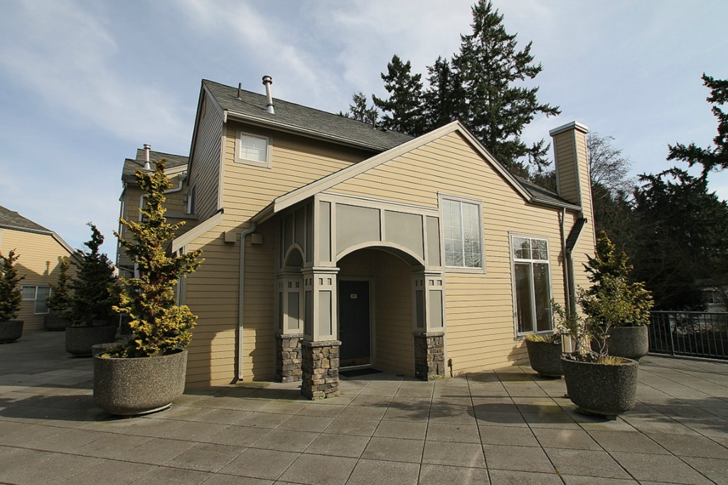 Rental Homes for Rent, ListingId:29361966, location: 9201 122nd Ct NE #G149 Kirkland 98033