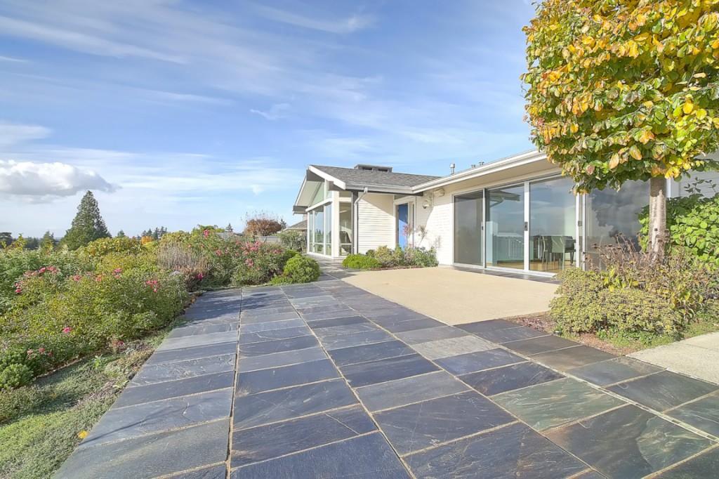 Rental Homes for Rent, ListingId:30681631, location: 9424 Vineyard Crest Bellevue 98004