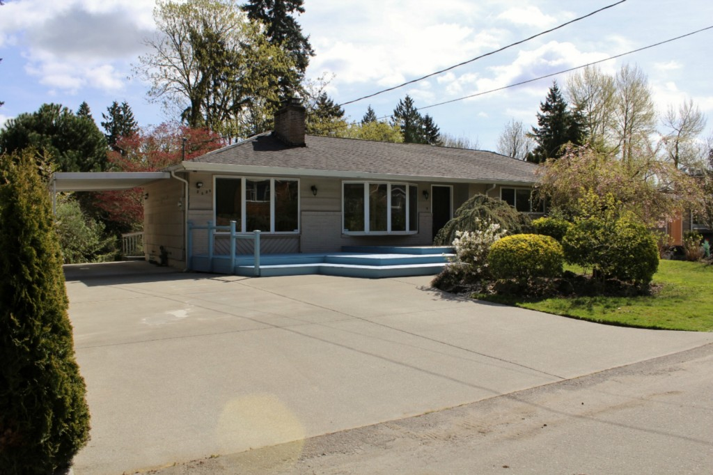 Rental Homes for Rent, ListingId:27609862, location: 2538 102nd Ave NE Bellevue 98004