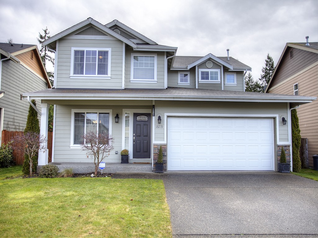 Rental Homes for Rent, ListingId:33984669, location: 16719 129th Av Ct E Puyallup 98374