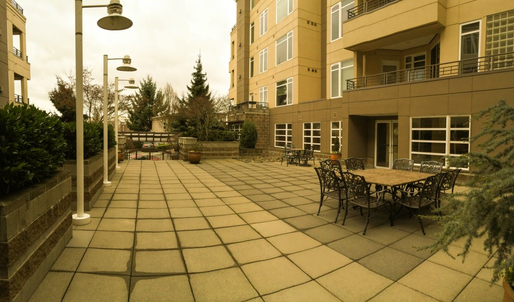 Rental Homes for Rent, ListingId:26958395, location: 225 4th Ave #B306 Kirkland 98033